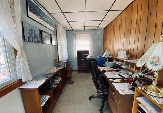 08-officejpeg