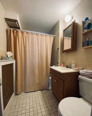 13-bathroomjpeg