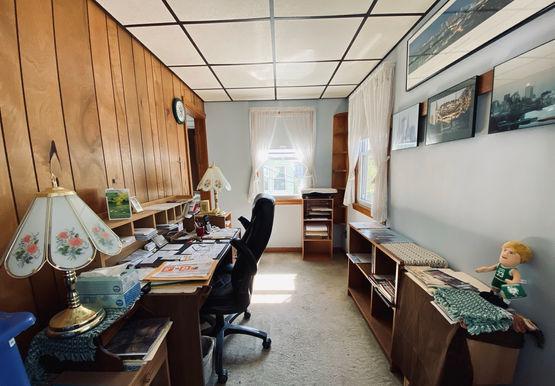 10-officejpeg