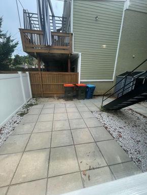 10-patio.jpg
