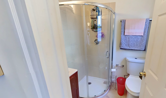 05-bathroompng