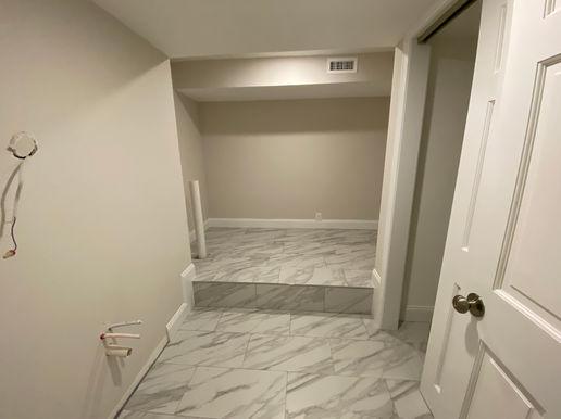 Bedroom F Bathroom