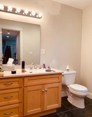 07-bathroom.jpeg