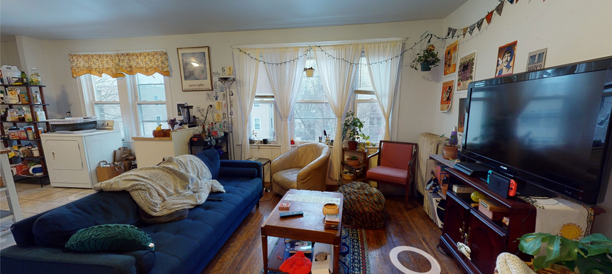 03-living-roompng