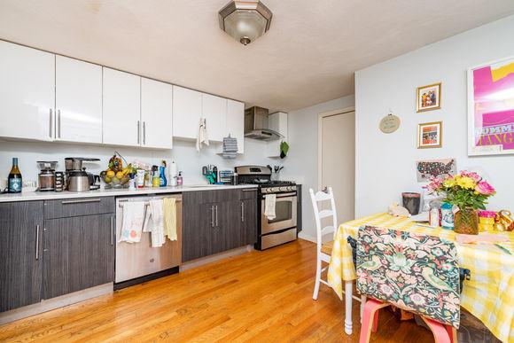 02-kitchen.jpeg