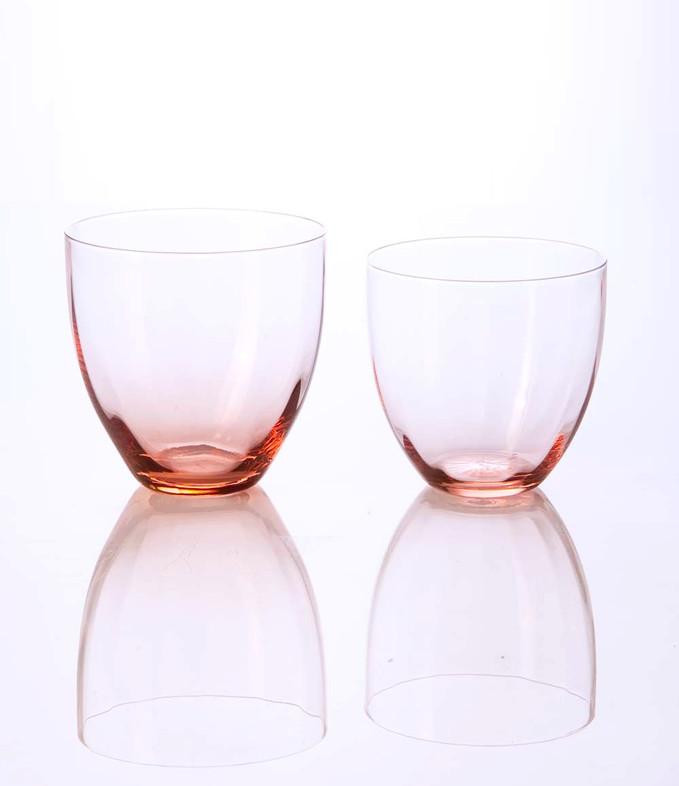 RAYA, rosa, water and wine glasses