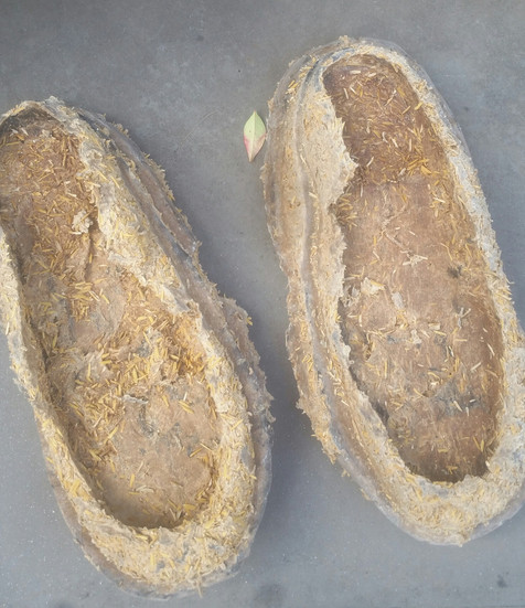 SOLES & ACCESSORIES