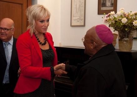 Bisschop Tutu & Wilma: eerste ontmoeting