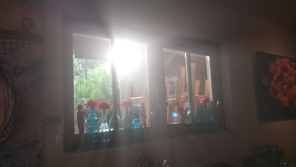 Een enorme lamp als zon. Ik zeg: 'Gewoon laten staan, lekker zonnig!'