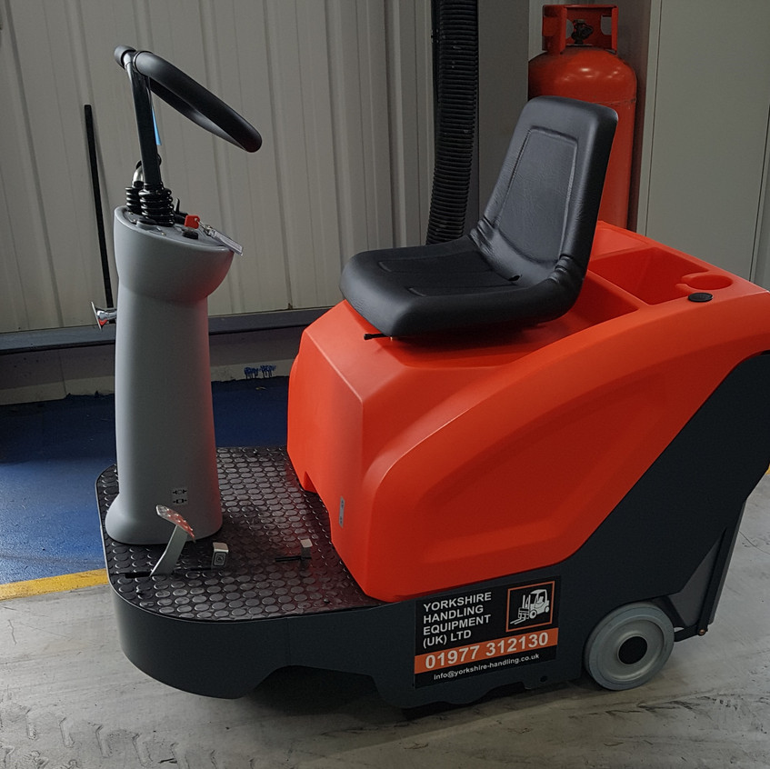 Hako B800 Sweeper