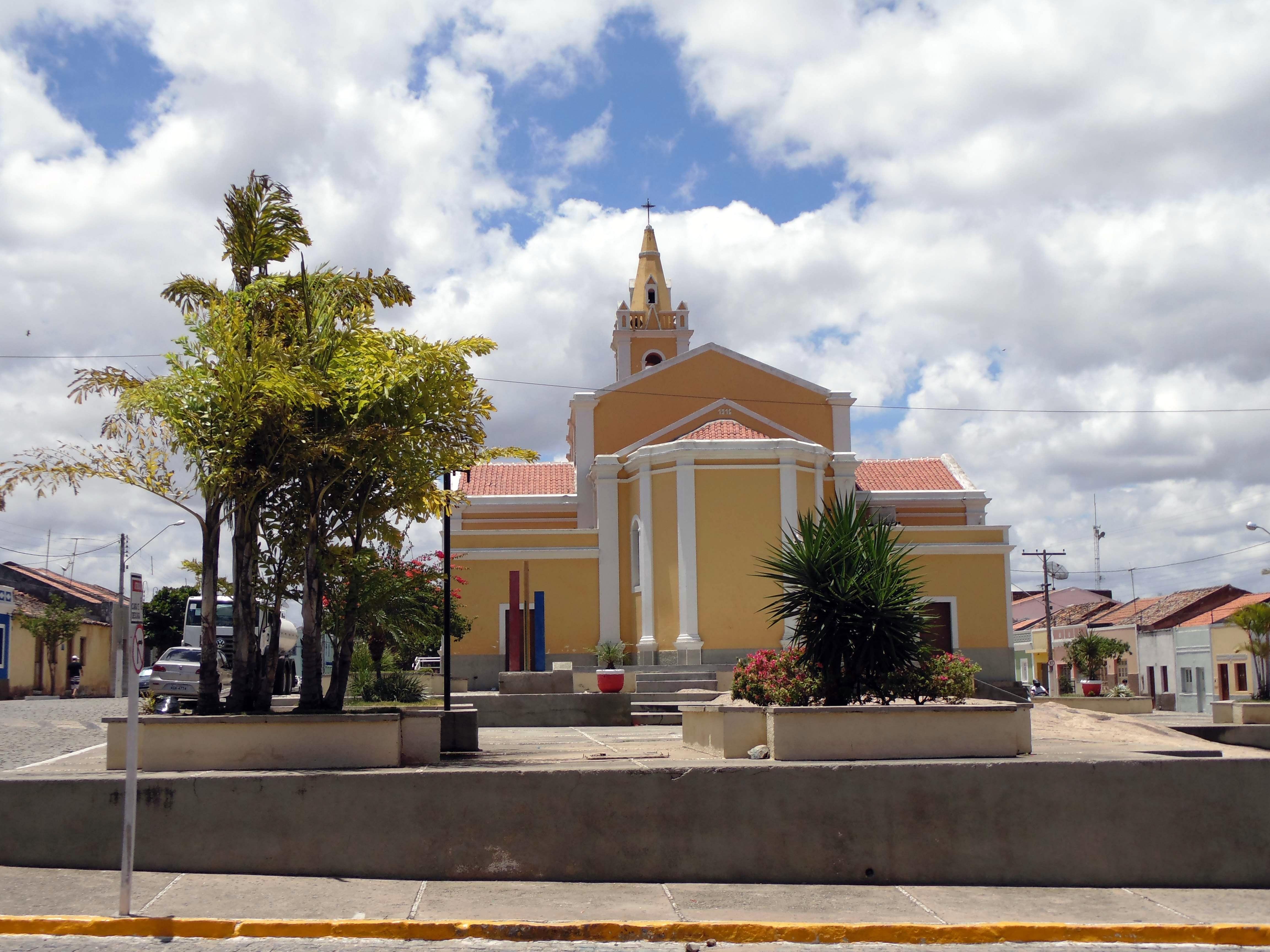 Praça Atrás da Igreja