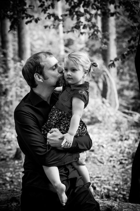 Nejraději pro rodinnou fotografii do lesa .