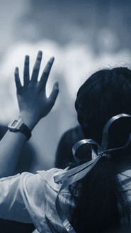 christian-worship-with-raised-hand-music-concert.jpg