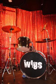The Wigs - Δύστυχες Χαρές (2012)