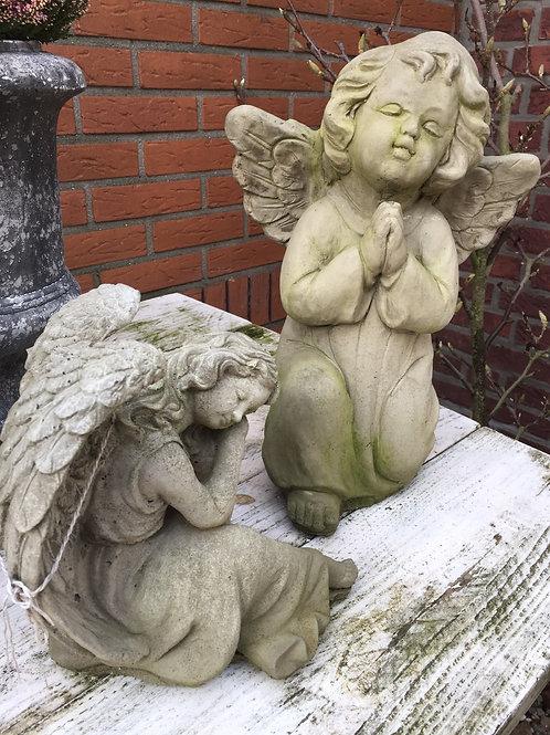 Biddende Engel Beton Verkocht!