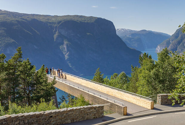 Stegastein Aurlandsfjorden.jpg