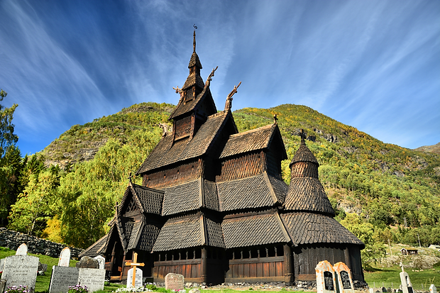 Borgund stave church.png