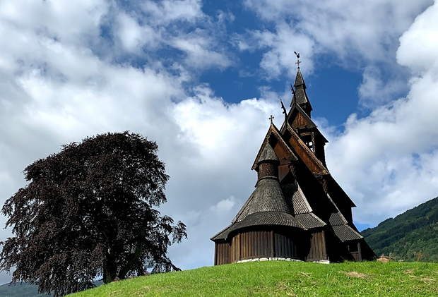 Hopperstad stave church.png
