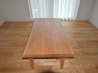 国産タモ一枚板テーブル