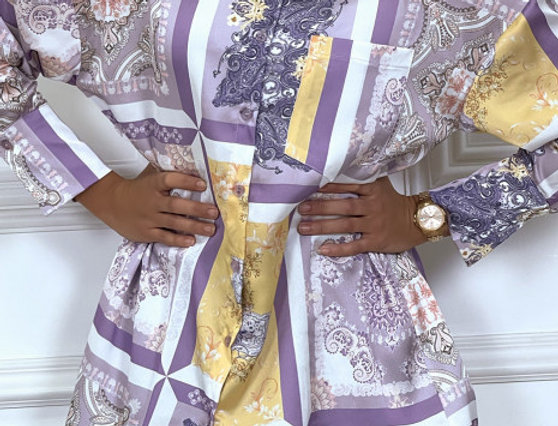 Longue chemise violet à motif en satin
