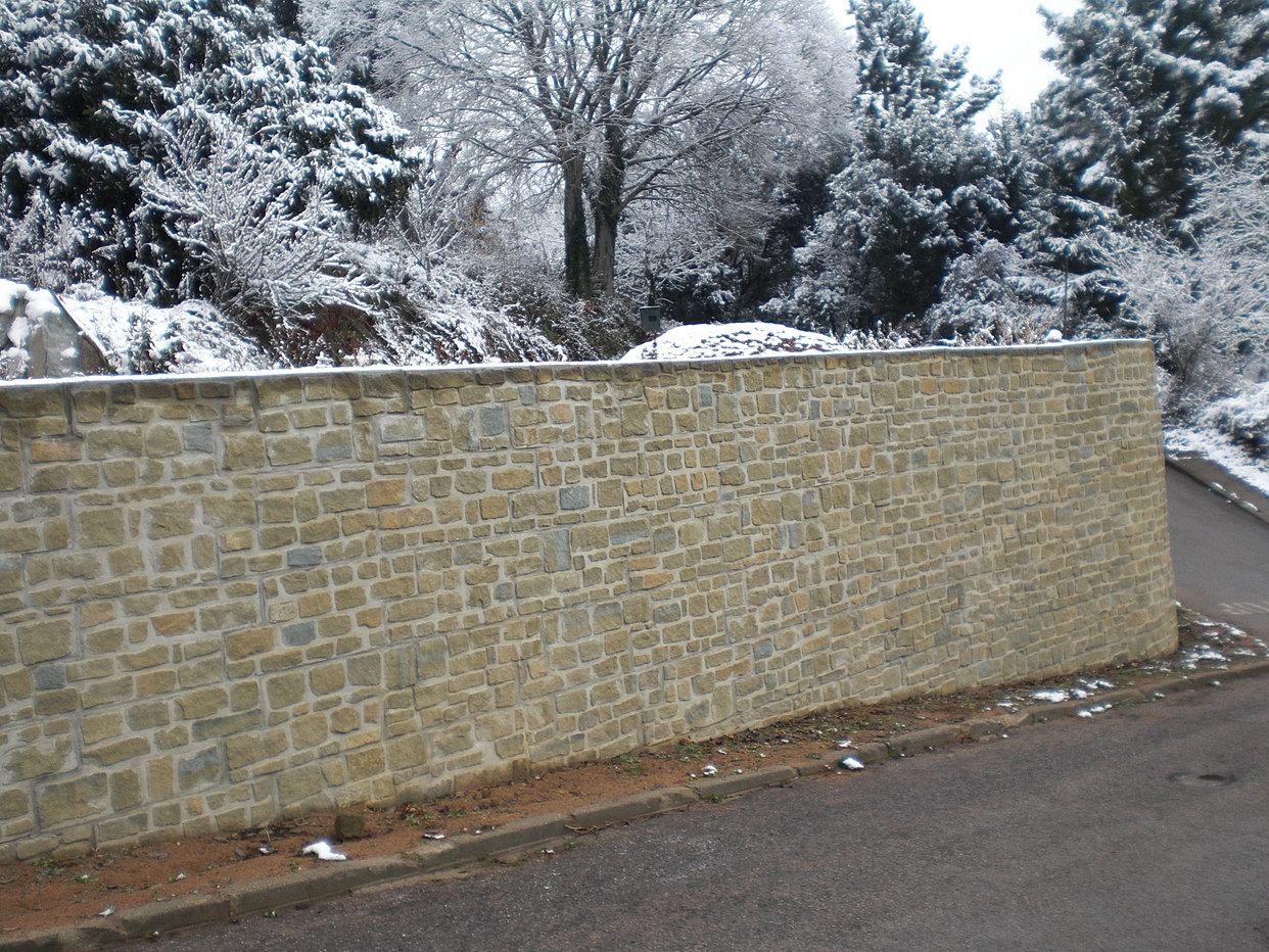 Muros de contenci n prefabricados r sticos armados - Muros de piedra natural ...