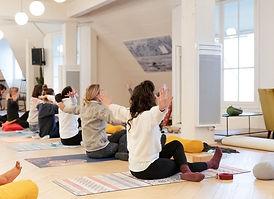 entreprise yoga méditation