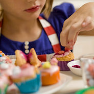 cupcake-decorating-party.jpg