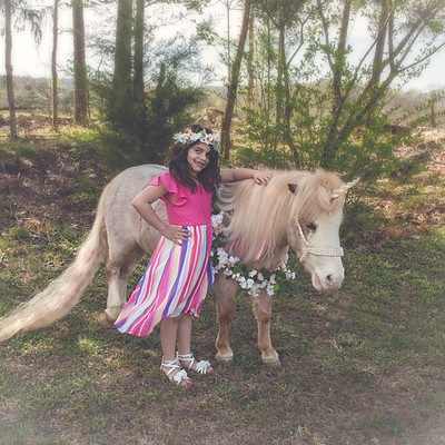 Kaitlyn Hughes Unicorn Session