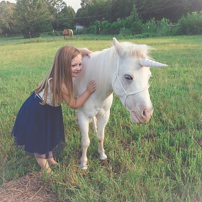 Emma's Unicorn Sesison
