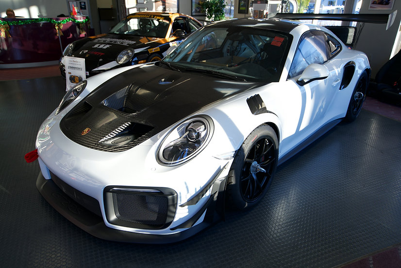 2020 Porsche GT2 MR Clubsport