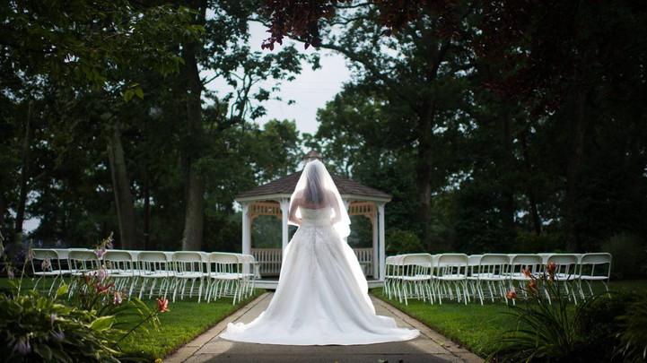 t40_1383422094349-lauraangel-wedding-cik