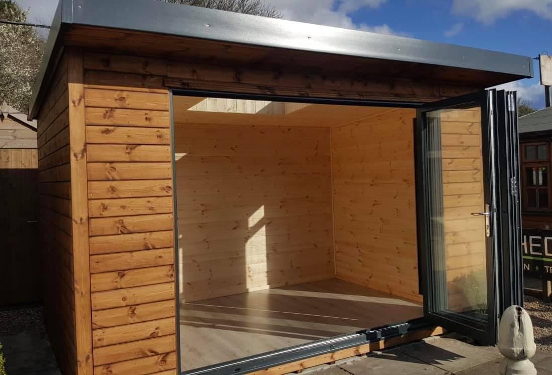 Newbury Bifold Open