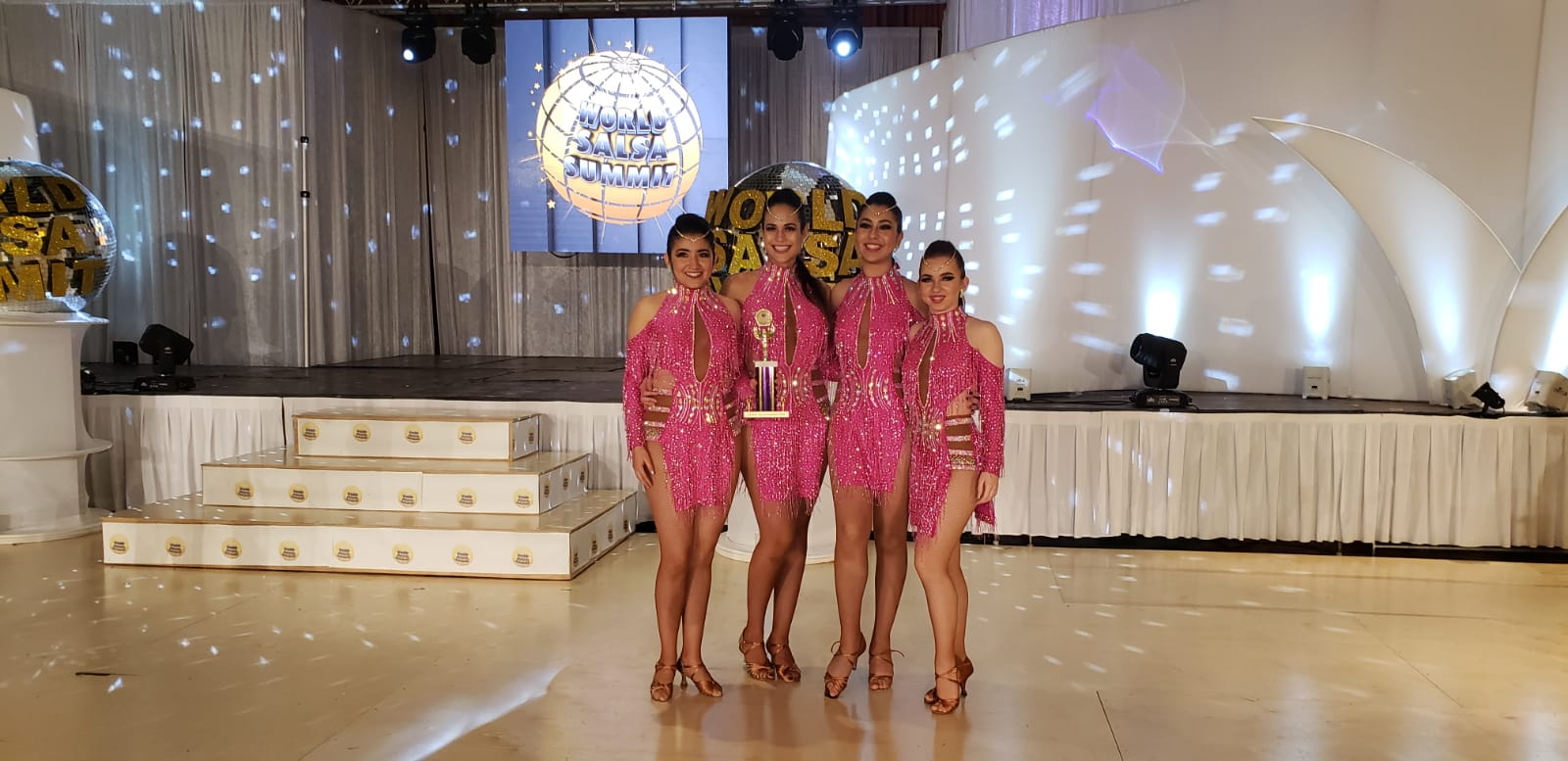 3rd Place Ladies Amateur Team Shines