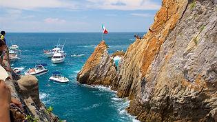 Acapulco la quebrada.jpg