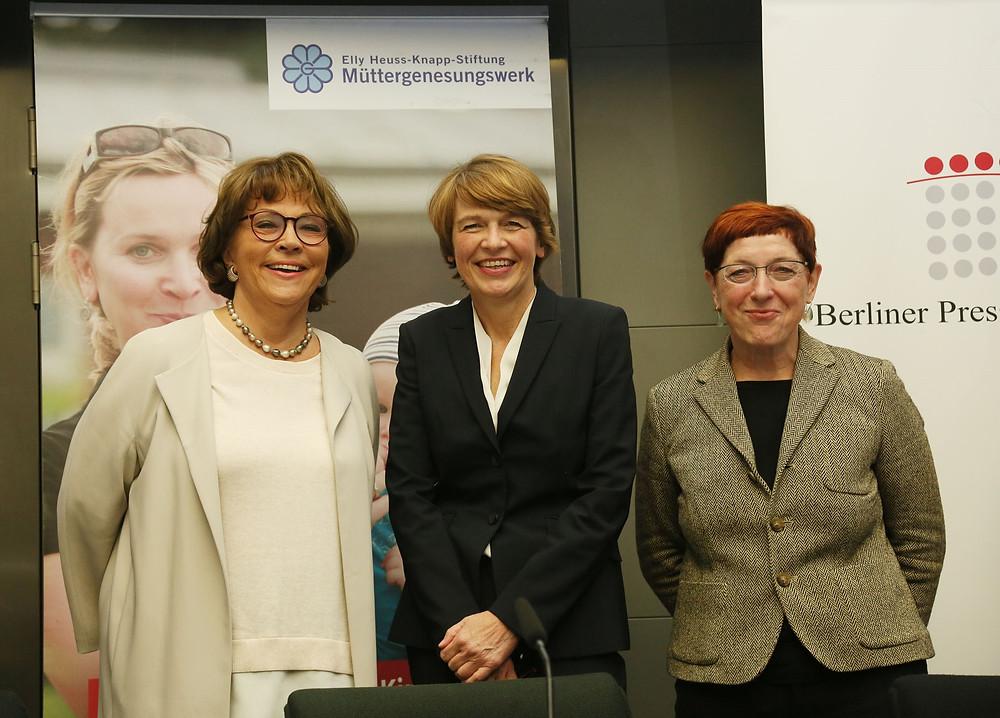 Schirmherrin Elke Büdenbender, Kuratoriumsvorsitzende Dr. Kirsten Soyke und Geschäftsführerin Anne Schilling