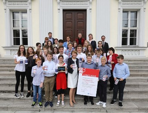 Müttergenesungswerk: Auszeichnung für Schülerinnen im Schloss Bellevue