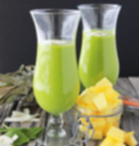 Mango-Pineapple-Spinach-Smoothie-4.jpg