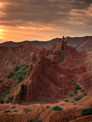 The Great Wall in Skazka (Kel Morales)