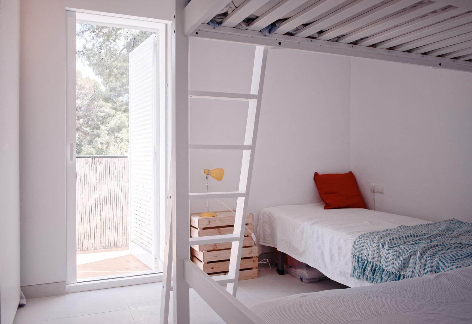 bedroom3_007.jpg