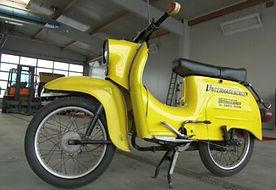 Moped-de2b9795.jpg