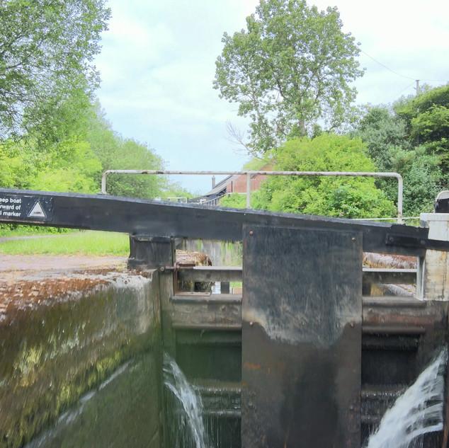 CANAL LOCK 4K 10sec.mp4