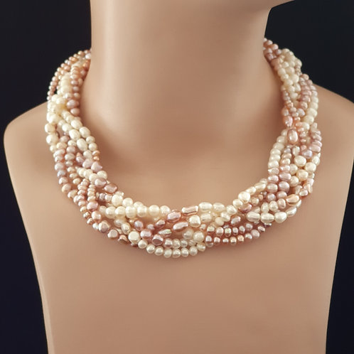 Multistrand plaited pearl necklace