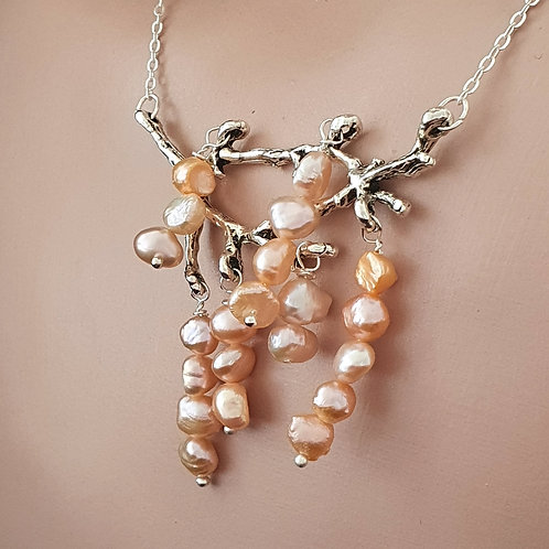 Bridesmaid's twig necklace