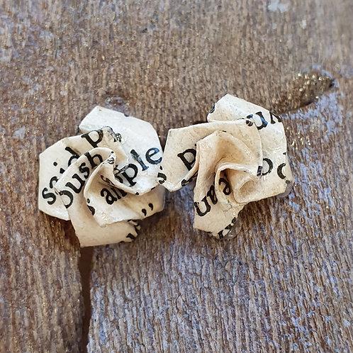 Agatha Christie small rose stud earrings