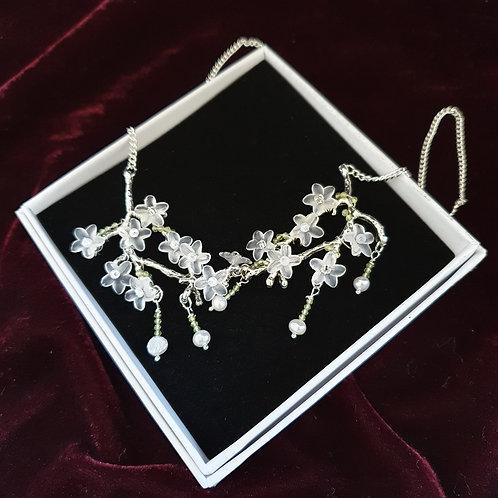 Romantic woodland necklace