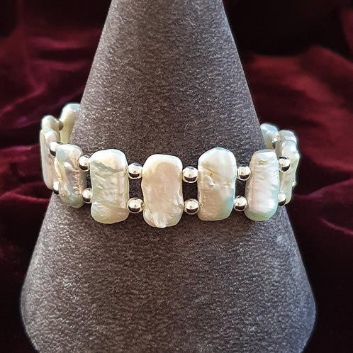 White pearl and sterling silver bracelet
