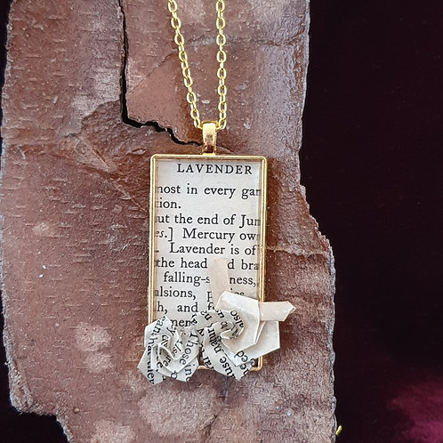 Recycled paper pendant for gardener.
