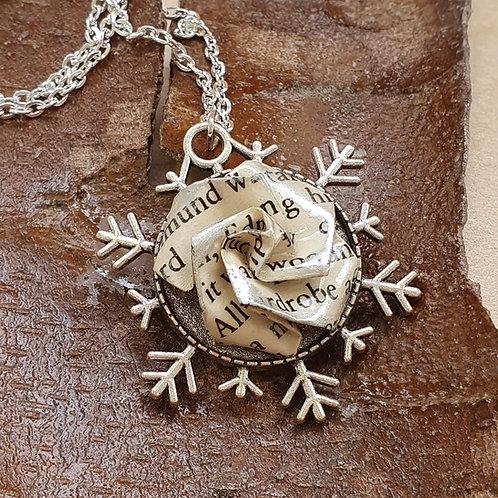 Narnia snowflake pendant