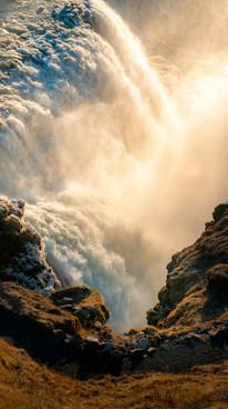WaterfallIceland (1 of 1).jpg