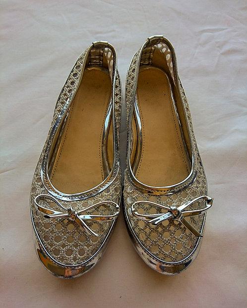Girls silver net slippers